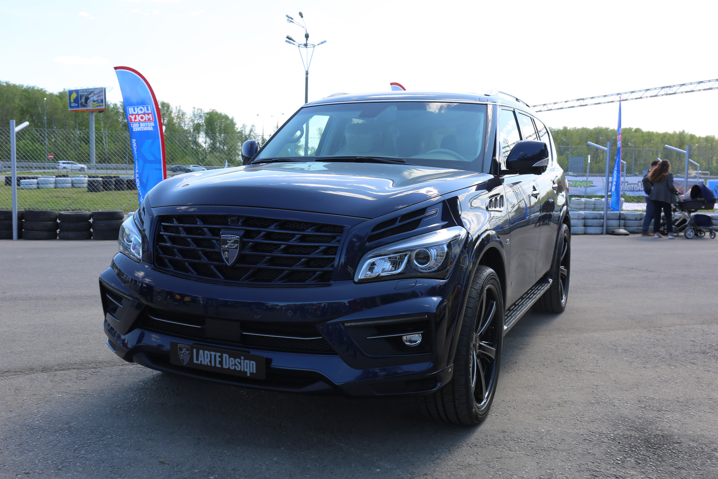 infiniti qx56 reviews research new used models motor autos post. Black Bedroom Furniture Sets. Home Design Ideas