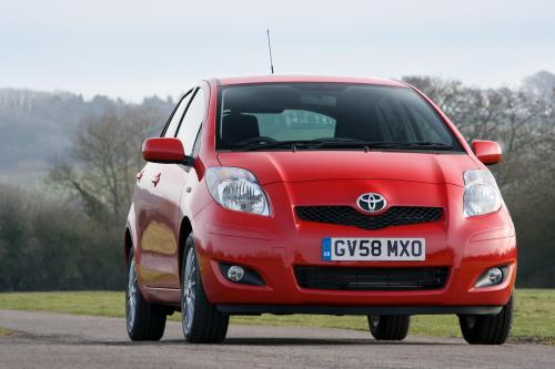 Toyota Yaris (2009) - picture 8 of 25