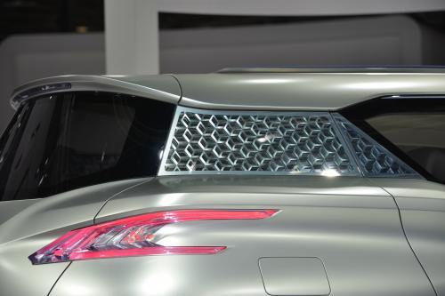 Nissan TeRRA Paris (2012) - picture 8 of 9